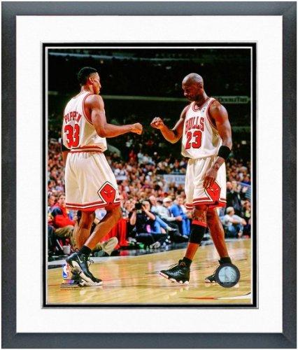 Michael Jordan & Scottie Pippen Chicago Bulls NBA Action Photo 12.5