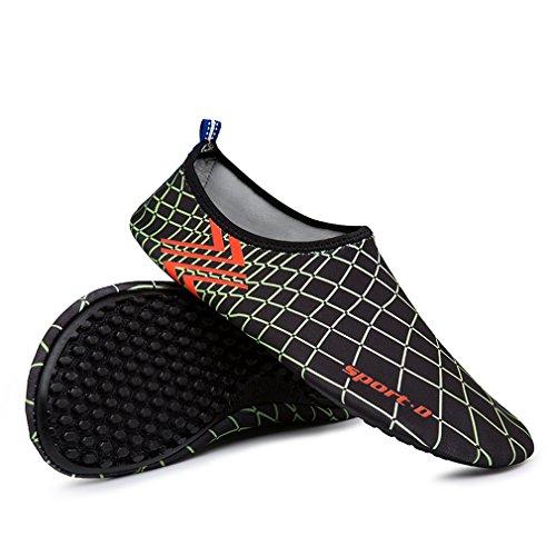 KEESKY Männer Frauen Barfuß Wasser Schuhe Quick Dry Slip Auf Aqua Socken Für Beach Pool Aerobic 02 Grün / Schwarz