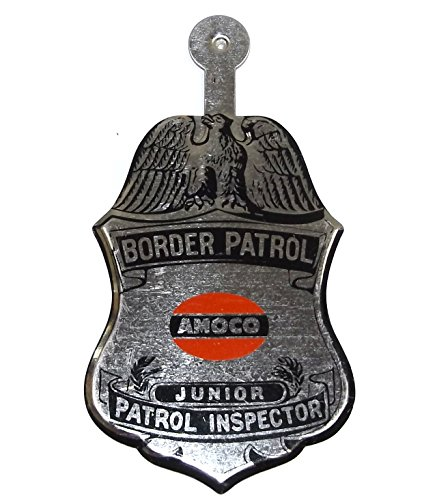vintage-nos-amoco-tin-border-patrol-junior-inspector-toy-advertising-badge