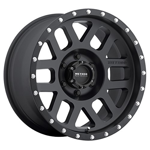 (Method Race Wheels Mesh Matte Black Wheel with Stainless Steel Accent Bolts (17x8.5