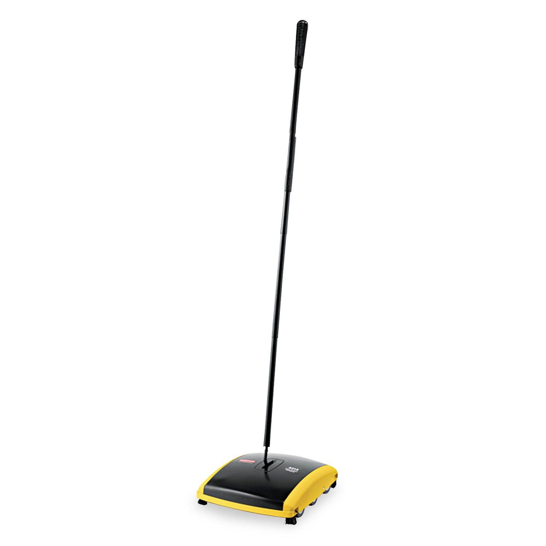 Rubbermaid 421388BLA Dual Action Sweeper, Boar/Nylon Bristles, 44'' Steel/Plastic Handle, BLK/YEL