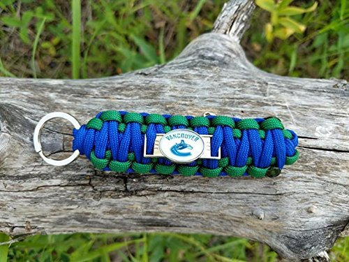 Vancouver Canucks NHL Hockey Team Paracord Keychain