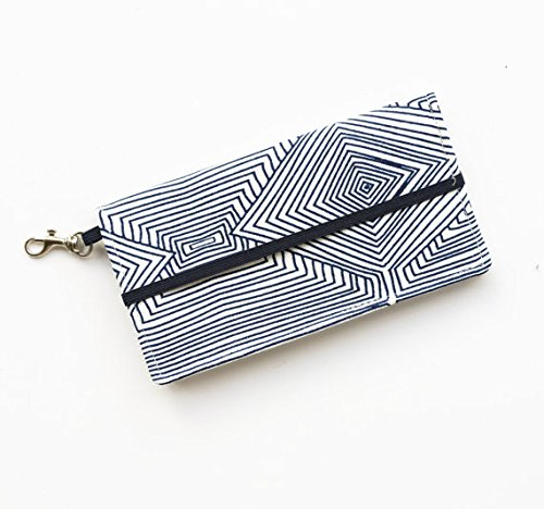 kailo-chic-large-cell-phone-wallet-navy-white-print-with-wrist-strap