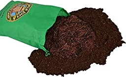 Uncle Jim\'s Worm Farm 2000 Count Red Wiggler Worms