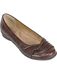 Cliffs by White Mountain Women's Hilt,Brown Synthetic,US 6 M