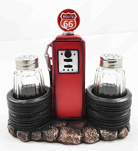 Figurine Route 66 Old Fashioned Gas Pump Station Salt and Pepper Shaker ()