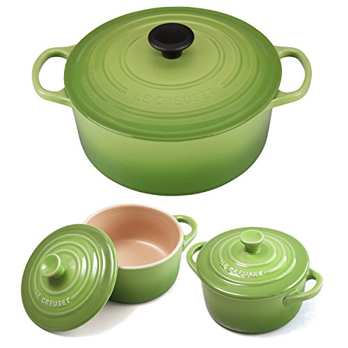 Le Creuset Signature Palm Enameled Cast Iron 5.5 Quart Round French Oven with 2 Free Stoneware Cocottes