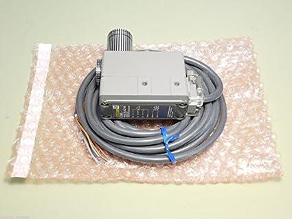 Sensor de proximidad de interruptor fotoeléctrico Omron E3ML-S2E4G: Amazon.es: Amazon.es