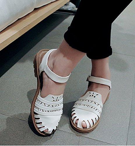 Aisun Kvinna Tillfälliga Bekväma Ihåliga Bältesspänne Platta Sandaler Vit