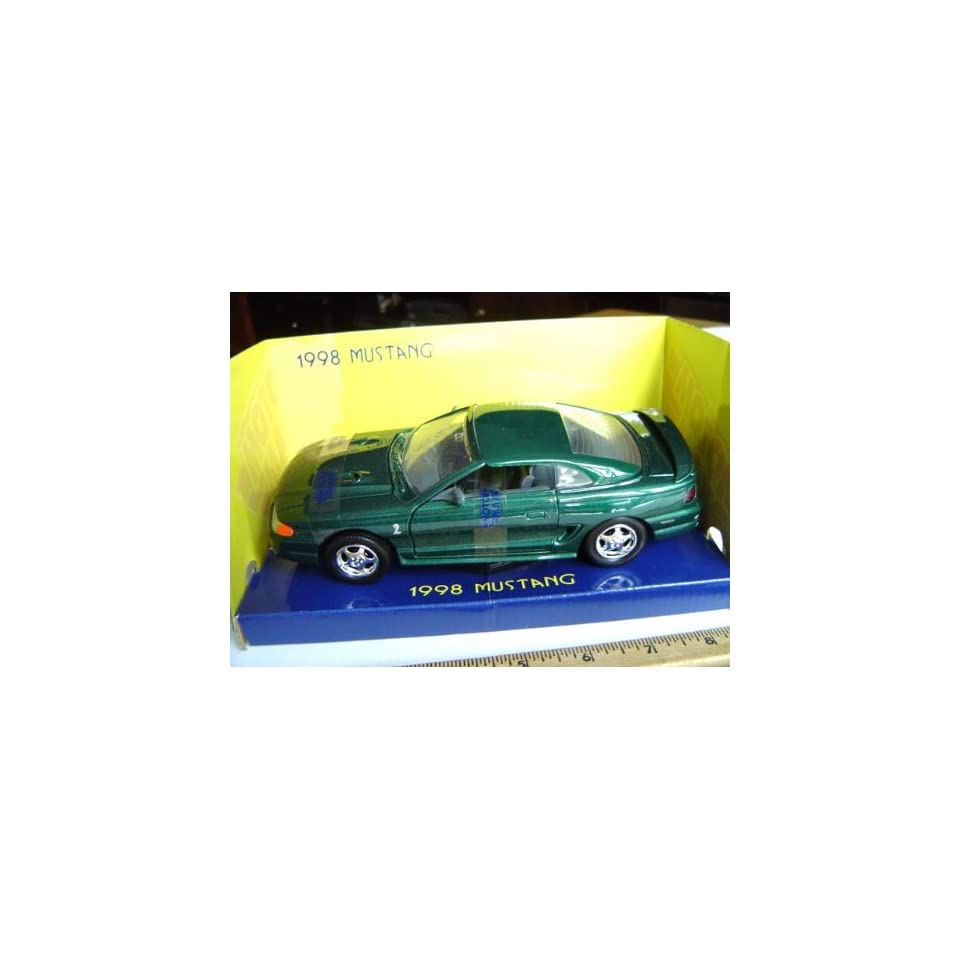 1998 Ford Mustang Cobra Hard Top 124 scale   Green