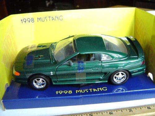 1998 Ford Mustang Cobra Hard Top 1:24 scale - Green -  MOTORMAX, 73208grn