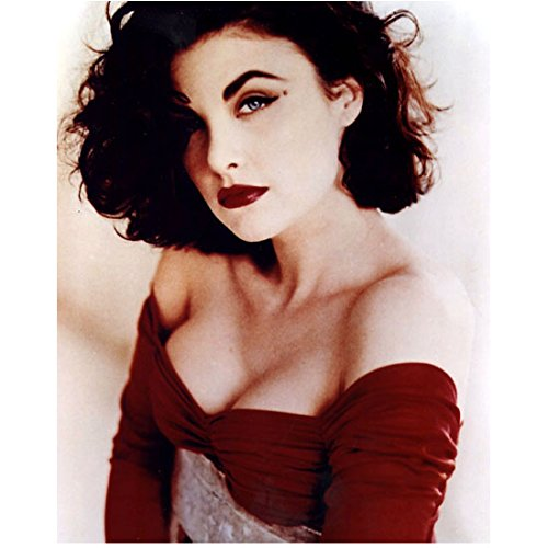 Sherilyn Fenn 8 inch x 10 inch Photograph Rude Awakening Twin Peaks Of Mice and Men Wild at Heart Wearing Red Off the Shoulder Looking Up & Left kn