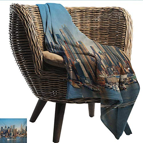 Davishouse Urban Living Room/Bedroom Warm Blanket New York City Skyline Over Hudson River Empire State Building Boats and Skyscrapers All Season Premium Bed Blanket 30