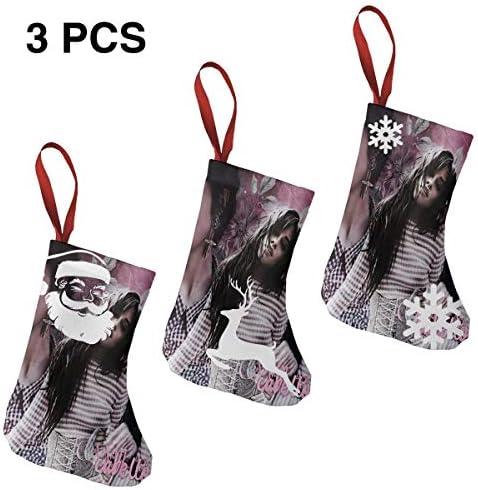 クリスマスの日の靴下 (ソックス3個)クリスマスデコレーションソックス アイドルミュージックCamila Cabello クリスマス、ハロウィン 家庭用、ショッピングモール用、お祝いの雰囲気を加える 人気を高める、販売、プロモーション、年次式