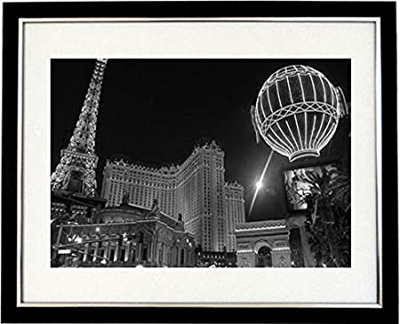 Casino las vegas black and white framed print of the famous las vegas