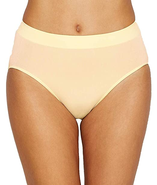 4079a74945da Image Unavailable. Image not available for. Color: Wacoal B-Smooth Hi-Cut  Brief ...