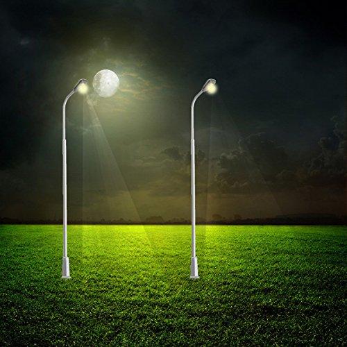 CLAKION 1PCS Model Railway Train Post Street Light Scale LED Lamppost, 10cm (Cyborg Lamp)