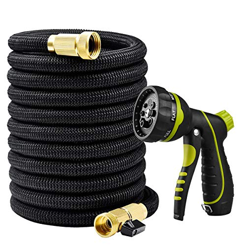 FreeQueen 50ft Expanding Garden Hose, Non-Kink Flexible Extra Strength Fabric Flexible Spray Hose with 8 Function Nozzle, 3/4″ Solid Brass Fittings (50FT with Sprayer)