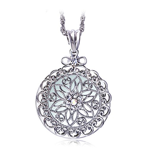 WaMLFac Unique Vintage Ornate Elegant Long Chain Magnifying Glass Pendant Necklaces Multi Style and Color (Silver Filigree) ()