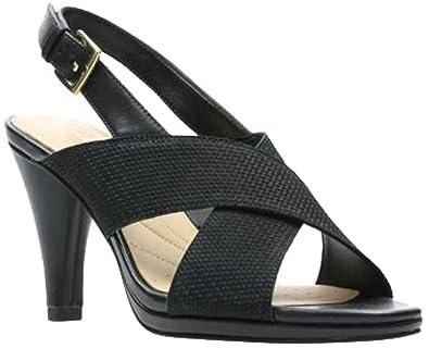 9bf4142d5eb9 CLARKS Womens Dalia Lotus Sandal