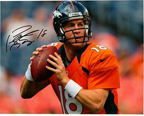 Peyton Manning Autograph 8 X 10 Photo Display on Glossy Photo Paper ()