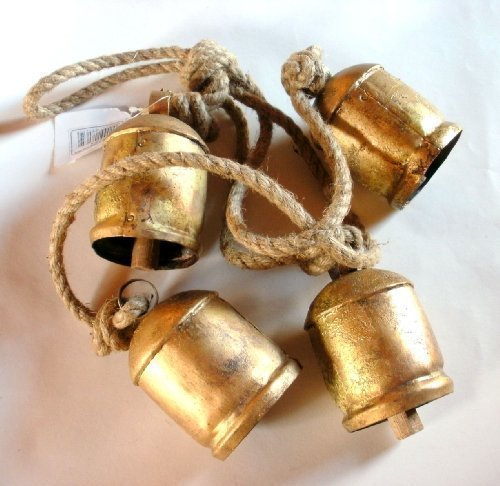 (Shabby Chic Country Style Rustic Metal Hanging GIANT Cow Bells)