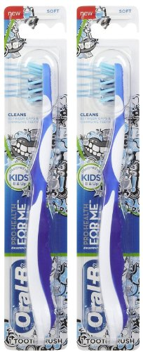Oral-B Pro-Health Jr. Cross Action Disney Frozen Kids Toothbrush Colors May Vary (pack of 2) (Toothbrush Jr Kids)