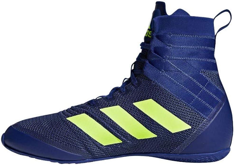 botas de deporte marca adidas