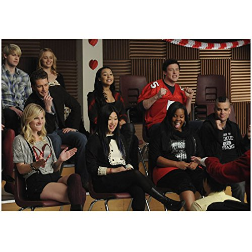 Cory Monteith 8 Inch x 10 Inch PHOTOGRAPH Glee (TV Series 2009 - 2015) Sitting in Maroon Chair Enjoying Performance kn