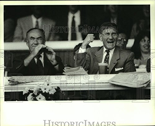 Historic Images 1990 Press Photo Albany, NY Mayor Whalen & Steven Fischer watch Saratoga race - 8 x 10 ()