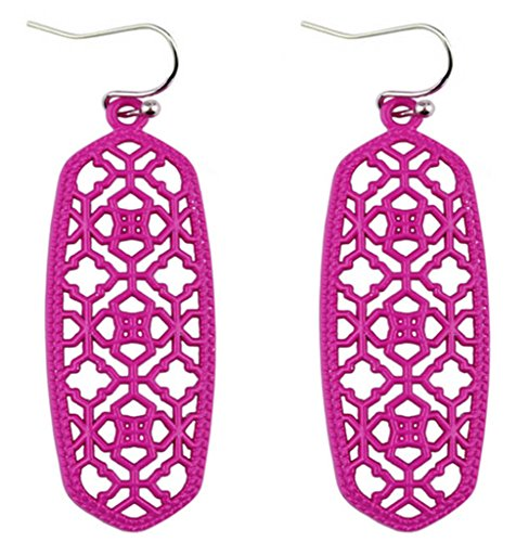 StylesILove Womens Trendy Moroccan Matte Hollow Filigree Clover Motif Dangle Earrings (Fuchsia)