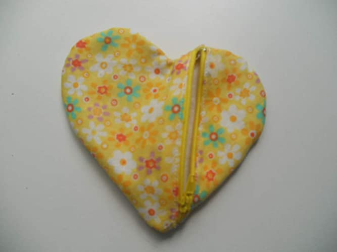 Monedero con cremallera, en forma de corazón, de color ...