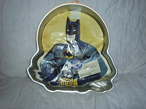 Wilton Batman with Moon Cake Pan (2105-6501, 1989) Retired D C Comics