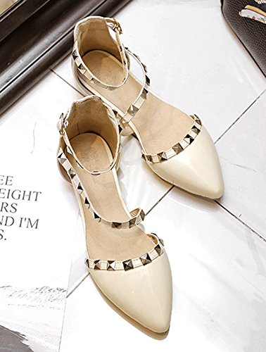 Aisun Women's Chic Pointy Toe Rivet Ankle Strap Flat Sandals Beige FqNjif