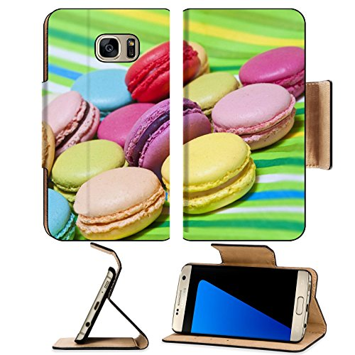 Luxlady Premium Samsung Galaxy S7 EDGE Flip Pu Leather Wallet Case IMAGE ID: 21749853 Colorful macarons on green striped background