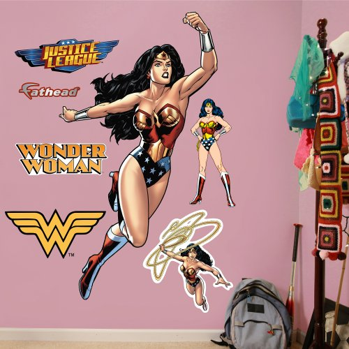 FATHEAD Wonder Woman in Action Graphic Wall (Action Wall Graphic)
