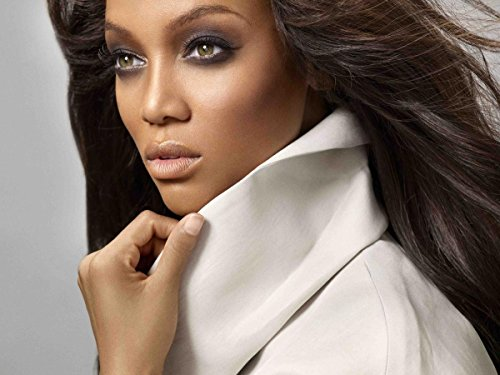 Gifts Delight Laminated 32x24 Poster: Supermodel - Tyra Banks Without Make-up Shitty Advice ()