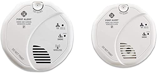 First Alert ZCOMBO 2-in-1 Smoke Detector Carbon Monoxide Alarm