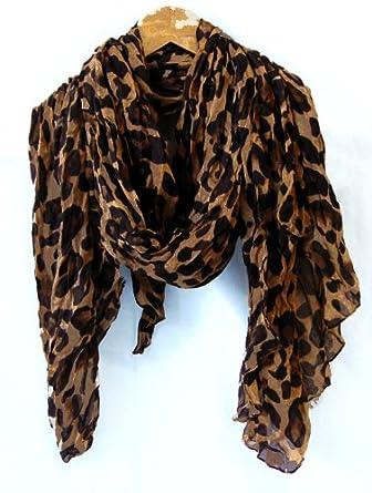 leopard print scarf and sweatshirt. … | Fashionista in 2019…