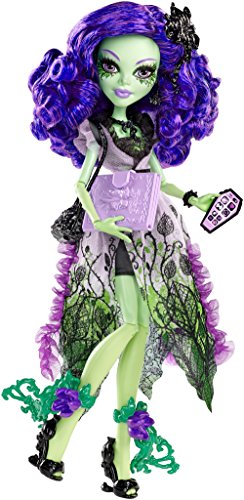 Monster-High-Mueca-Amanita-fiesta-inmortal-Mattel-CKP50