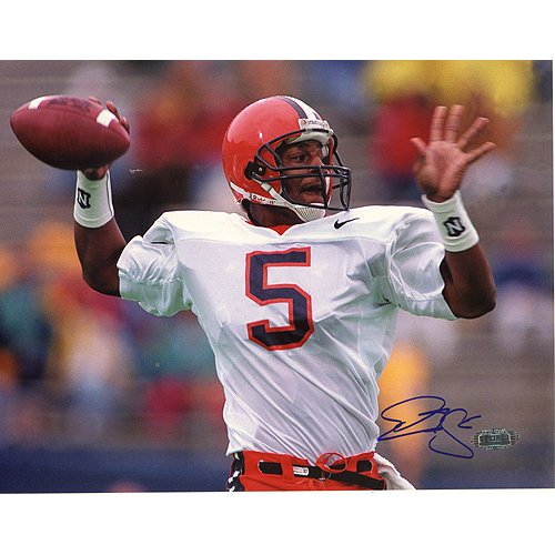 Steiner Sports NFL Donovan McNabb Syracuse Horizontal Passing Close Up Autographed 8-by-10-Inch (Donovan Mcnabb Photograph)