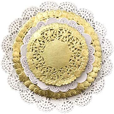 The Baker Celebrations Variety Pack Gold and White Paper Lace Doilies 4 5 6 and 8 inches - Assorted Sizes (Pack of 120 – 30 of Each Size)
