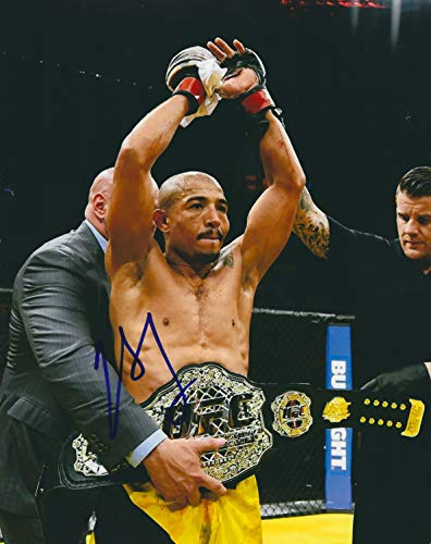 Autographed Jose Aldo MMA & UFC 8x10 photo with COA