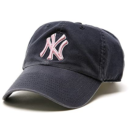 Amazon.com   MLB New York Yankees Women s  47 Brand Clean Up Cap ... 700c9e0d8