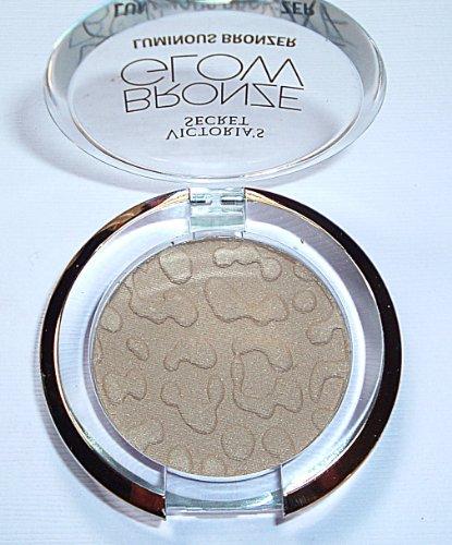 Powder Secret Victorias (Victoria Secret Bronze Glow Luminous Bronzer Powder)