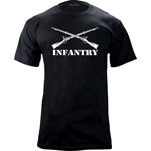 a7f239b4ba8 Amazon.com  Army Infantry Branch Insignia Military Veteran T-Shirt  Clothing