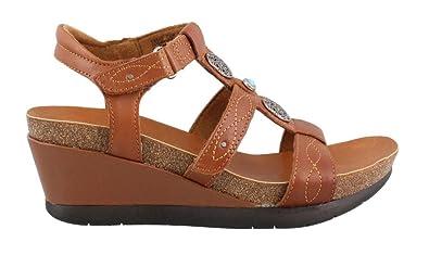 e8d424e31829f Minnetonka Women's, Della Mid Heel Wedge Sandals