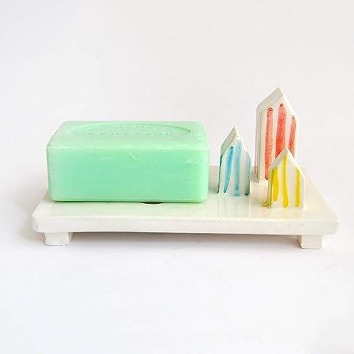 Jabonera de Cerámica Blanca con Casetas de Rayas de Colores Playeras y Agujeros de Drenaje para