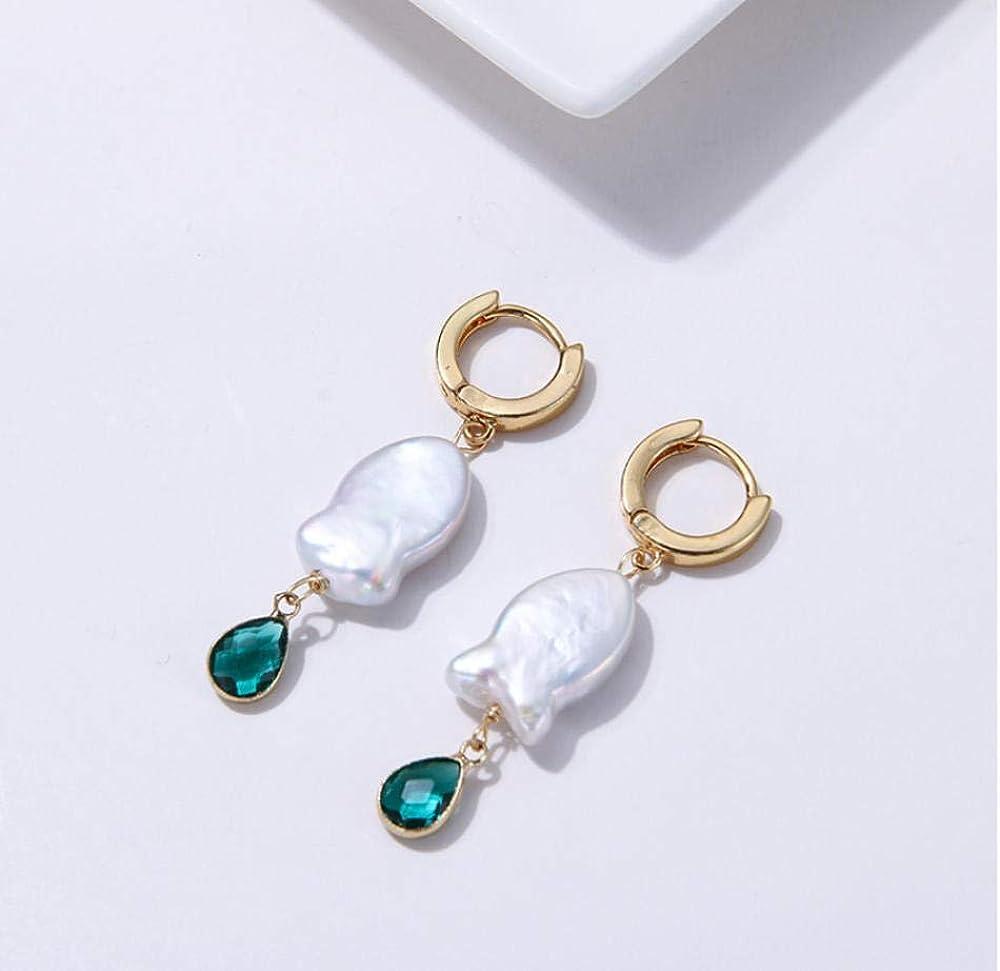Pendiente Moda Natural Perlas de agua dulce Pendientes colgantes geométricos de cobre Barroco Cristal verde Oorbellen para mujeres Joyas de fiesta