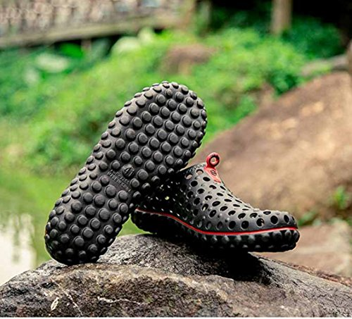 Eine andere Sommer-Männer Breathable Pull-on Water Schuhe Loch Sandalen Schwarz